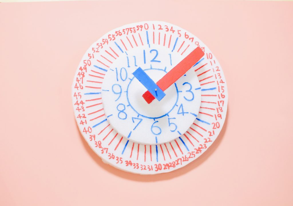 小島よしお 知育時計