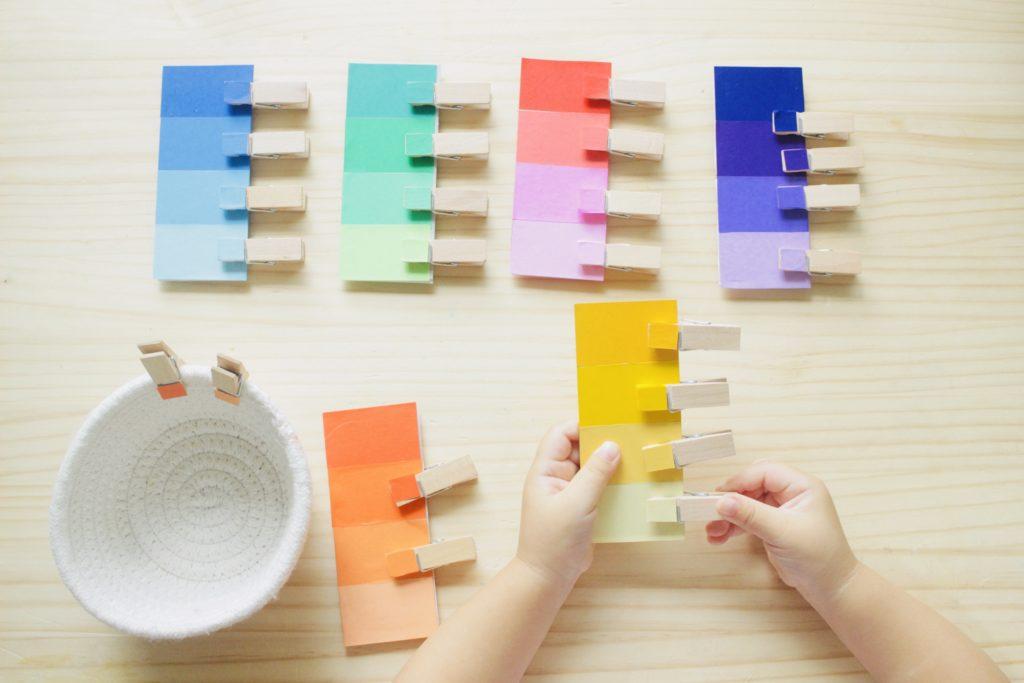 モンテッソーリの色板(手作り)